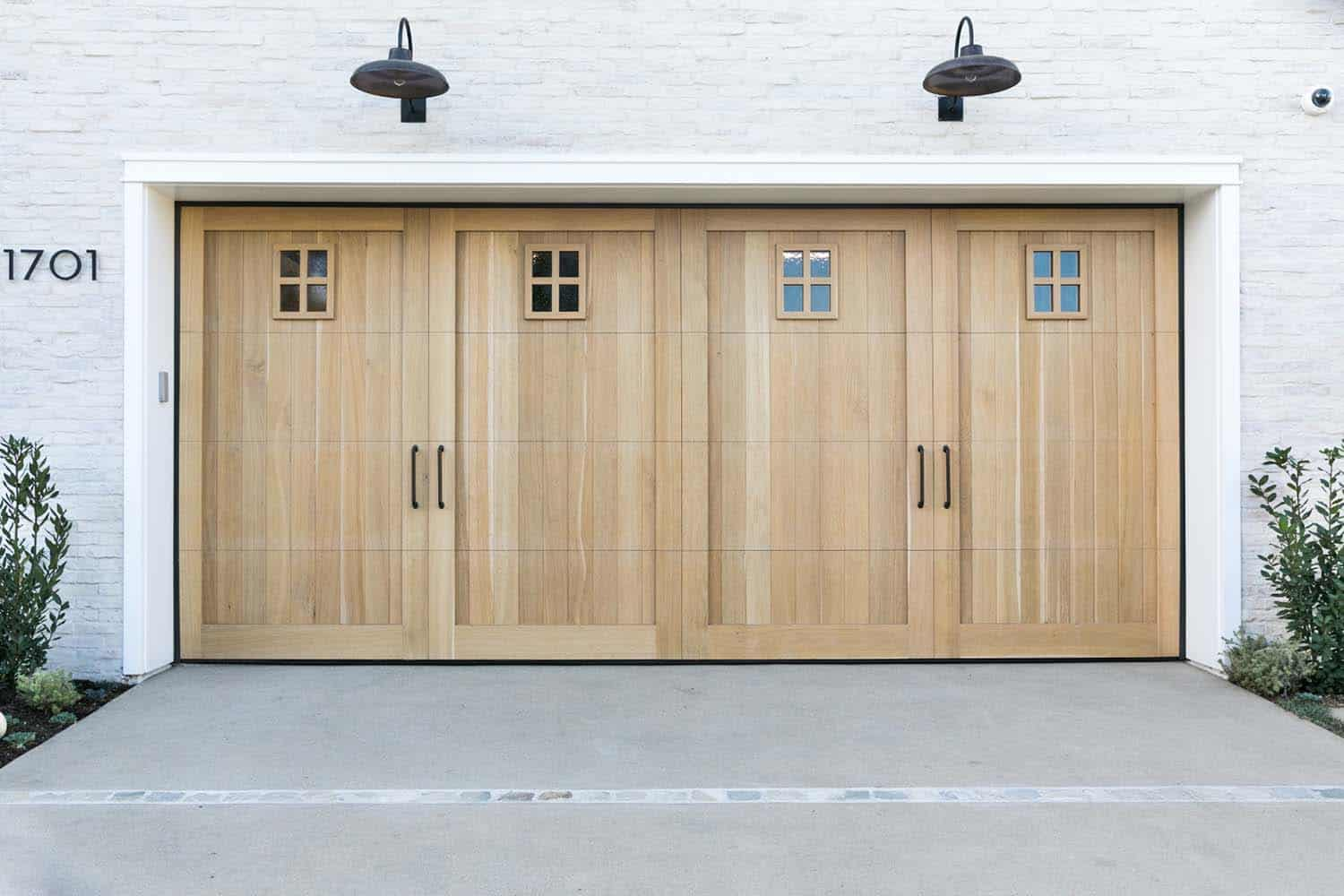 coastal home-garage doors