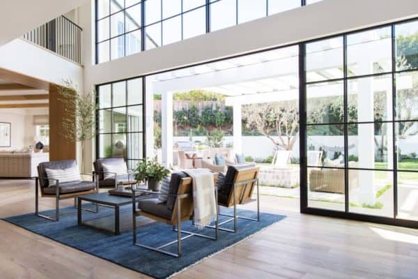 featured posts image for Luminous coastal chic home features breezy living in Newport Beach