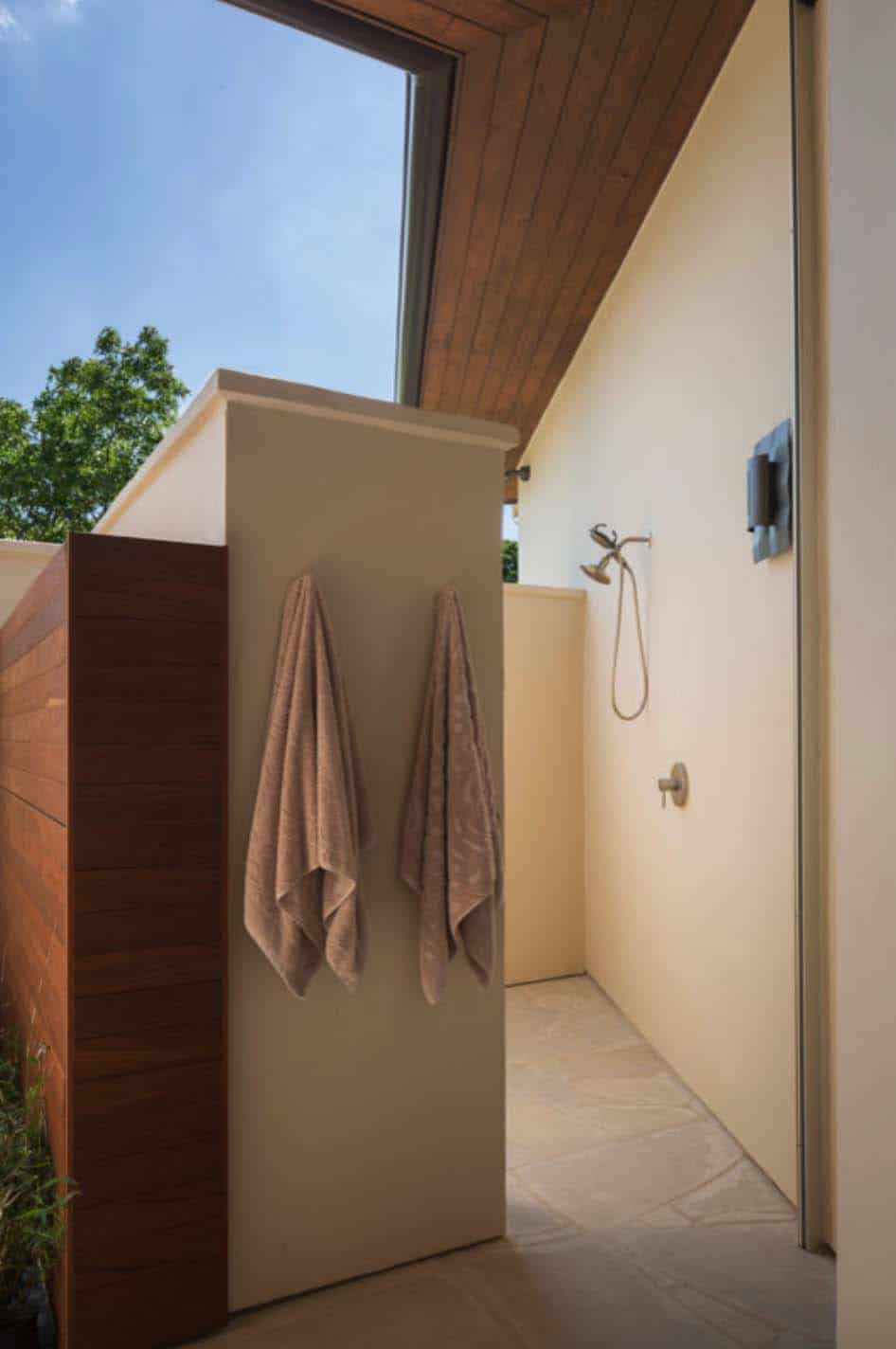 contemporary-outdoor-shower