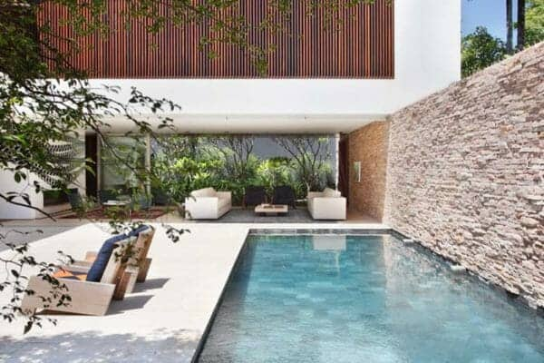 featured posts image for Striking contemporary home in Brazil surrounded by tropical vegetation