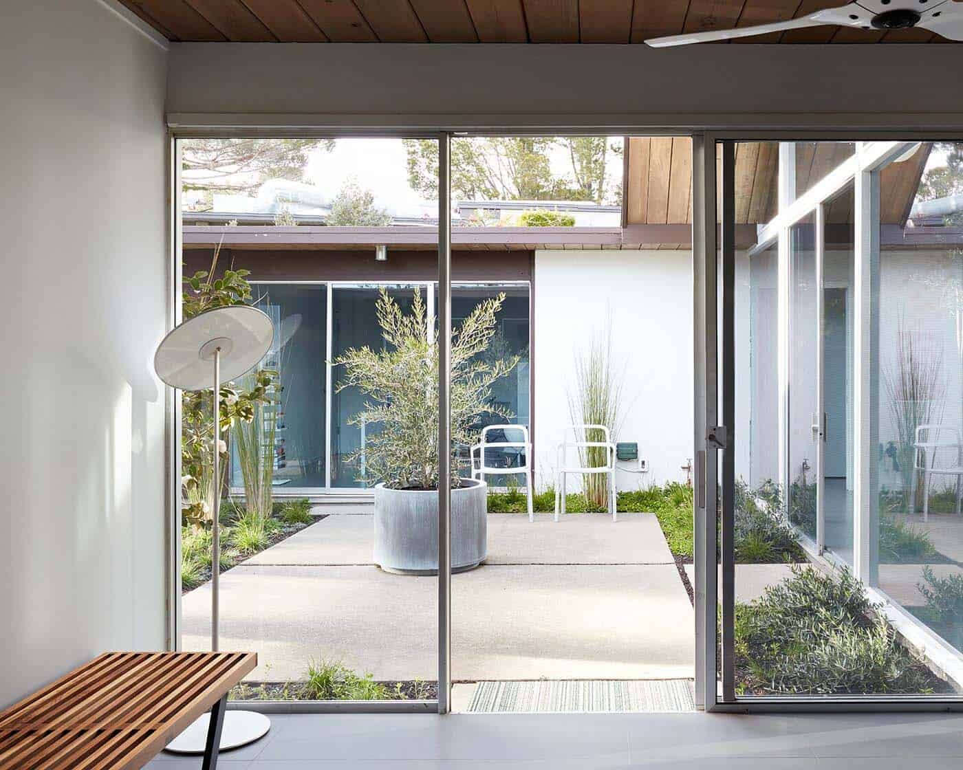 Fascinating Eichler Atrium Home Remodel In The Heart Of
