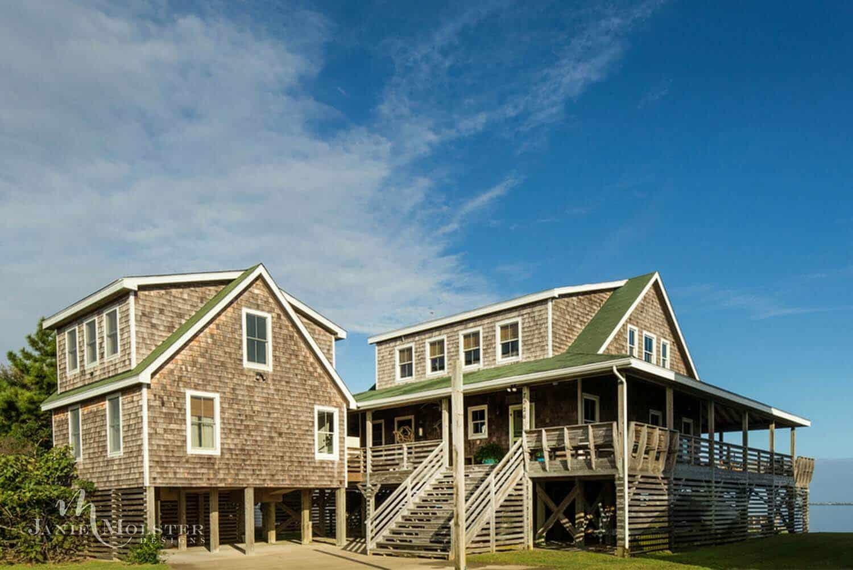 beach-cottage-exterior