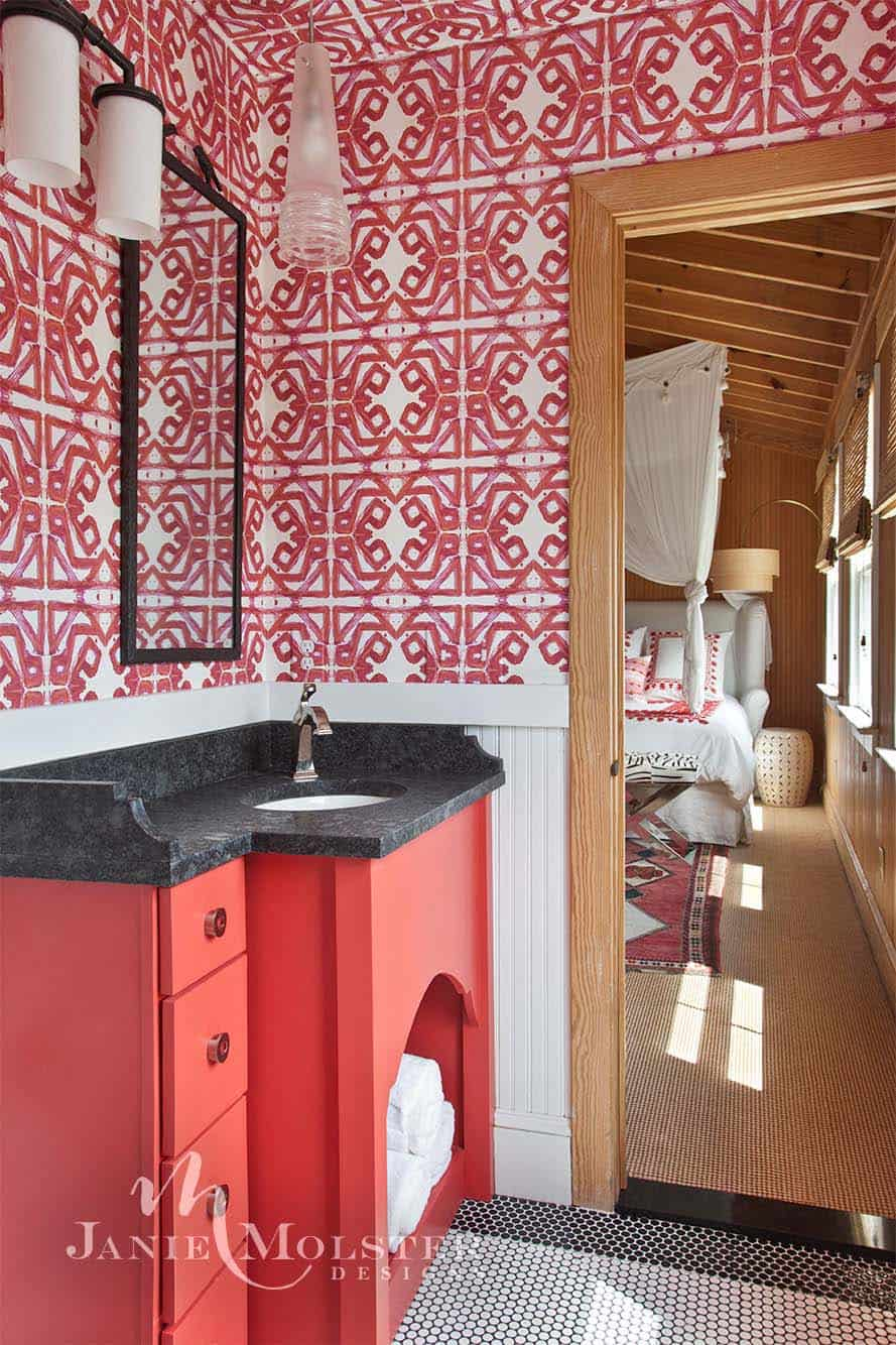 beach-cottage-bathroom