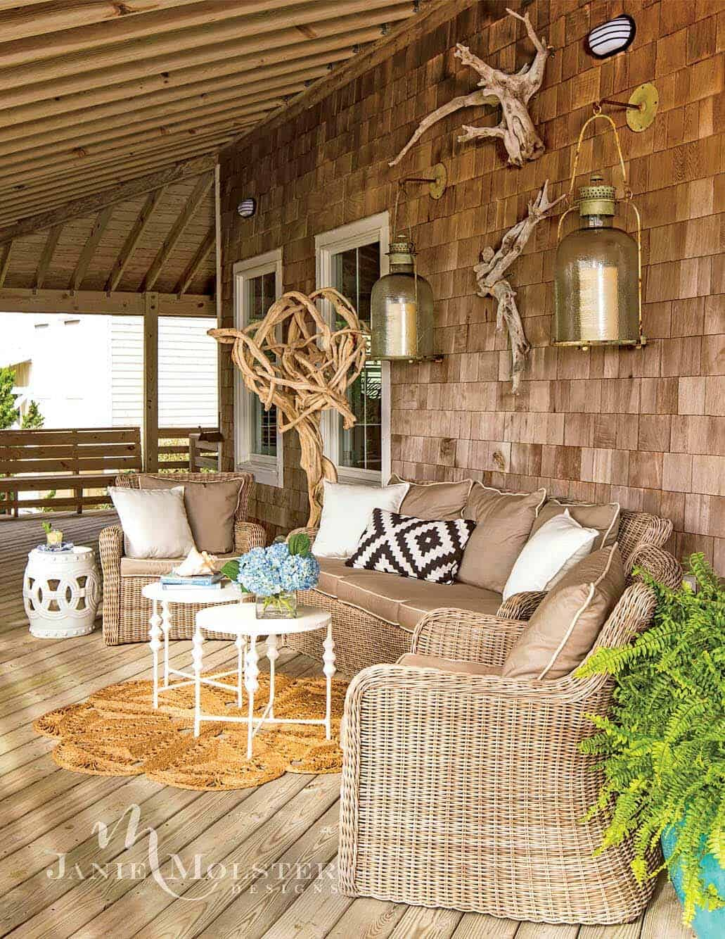 beach-cottage-covered-porch