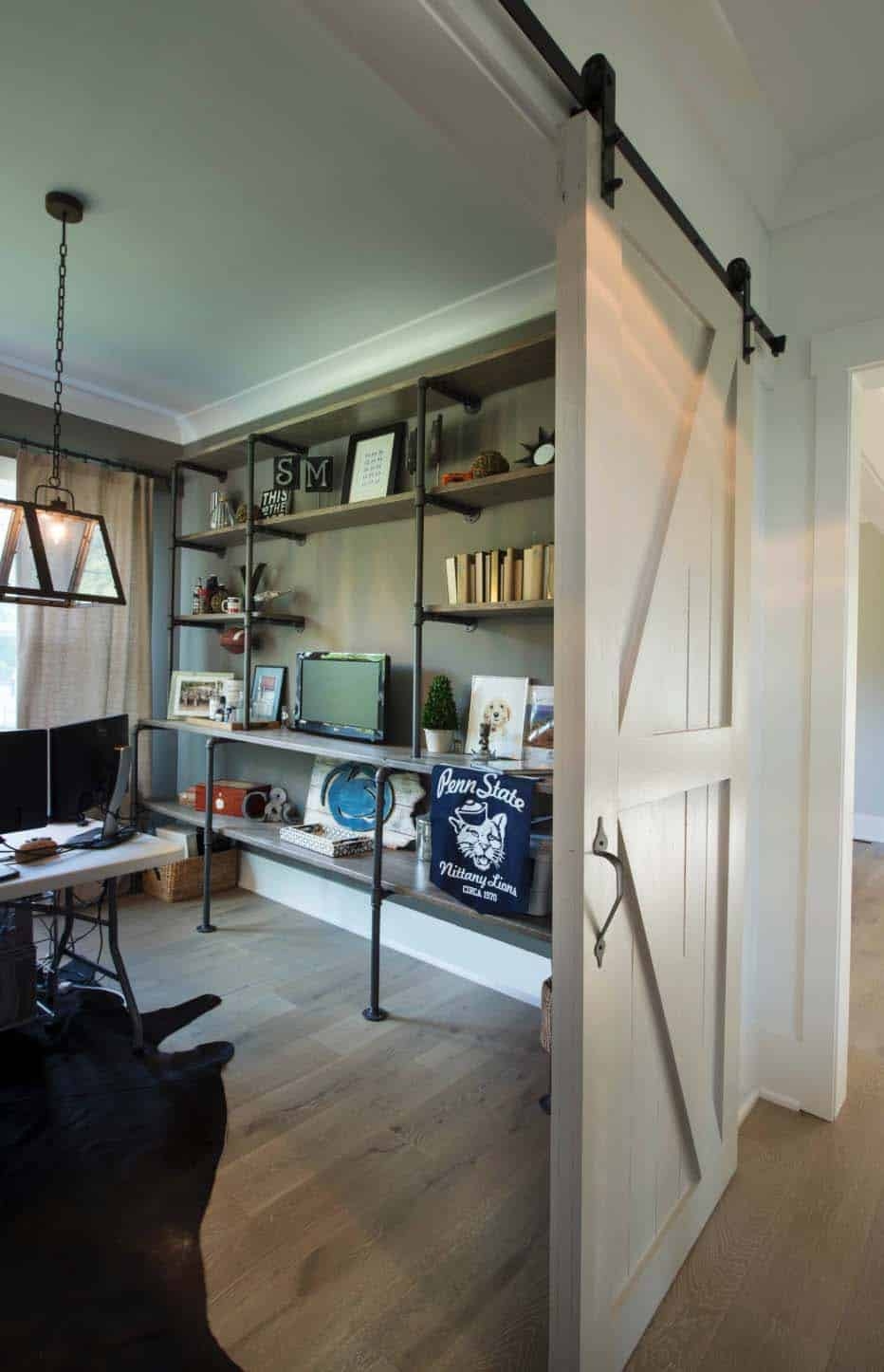 farmhouse-home-office