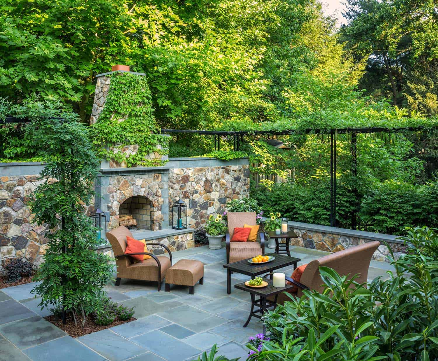 30 Irresistible Outdoor Fireplace Ideas That Will Leave You