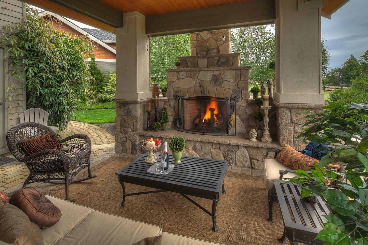 30+ Irresistible outdoor fireplace ideas that will leave ... on Small Outdoor Fireplace Ideas id=90651