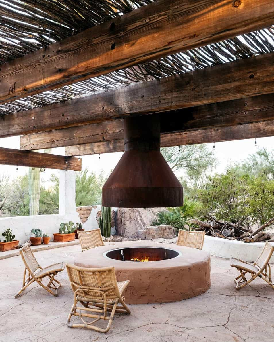 outdoor-fireplace-covered-terrace