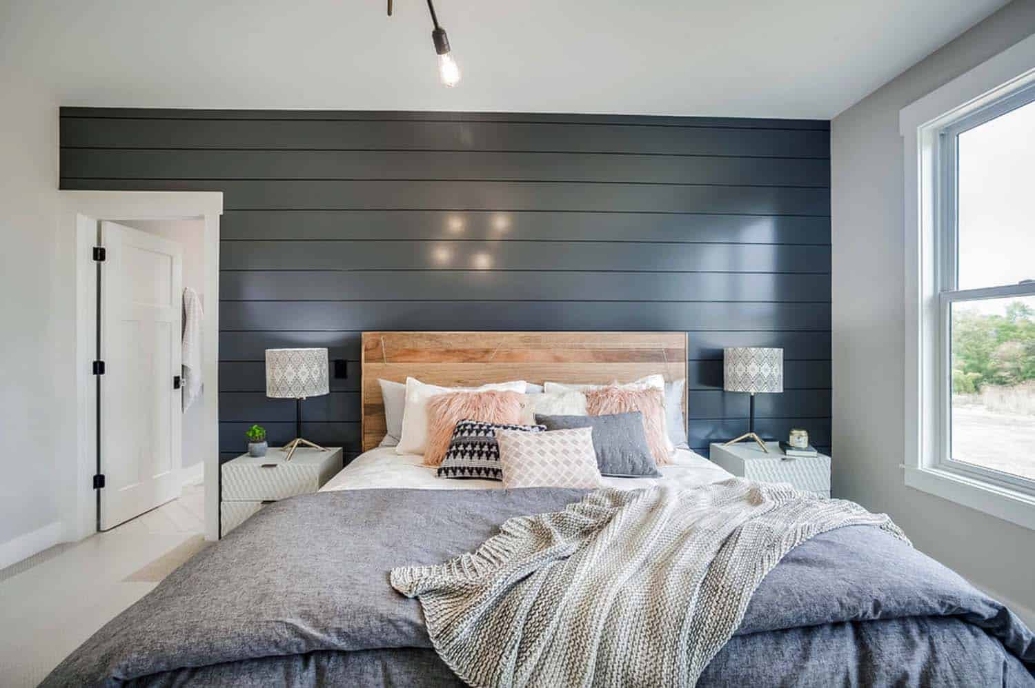 Farmhouse Bedroom Decorating Ideas: Modern Eclectic Farmhouse With Delightful Design Features
