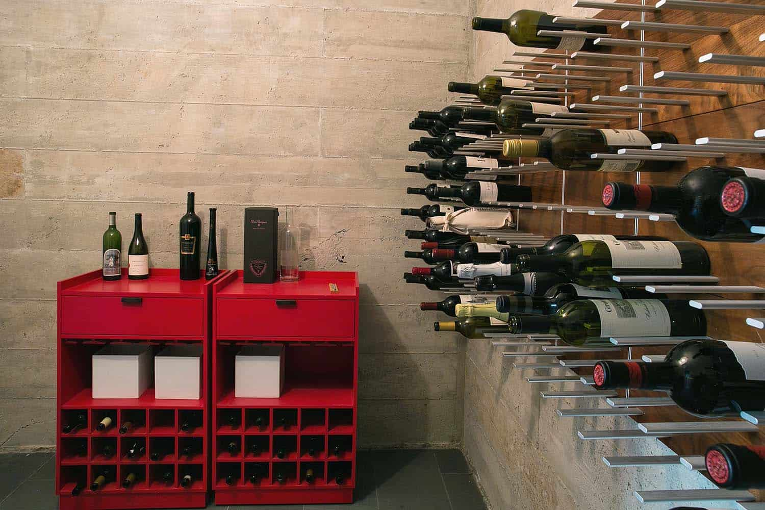 mountain-modern-wine-cellar