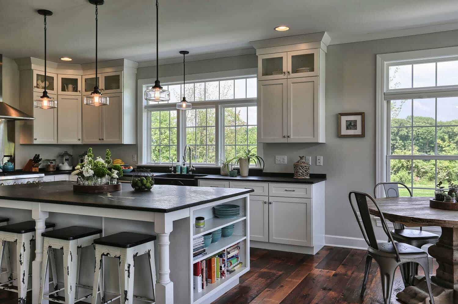 35+ Amazingly creative and stylish farmhouse kitchen ideas on blonde maple kitchen cabinets, gray kitchen with oak cabinets, kitchens with blond wood floors, cherry wood kitchen countertops with white cabinets, kitchens black cabinets,