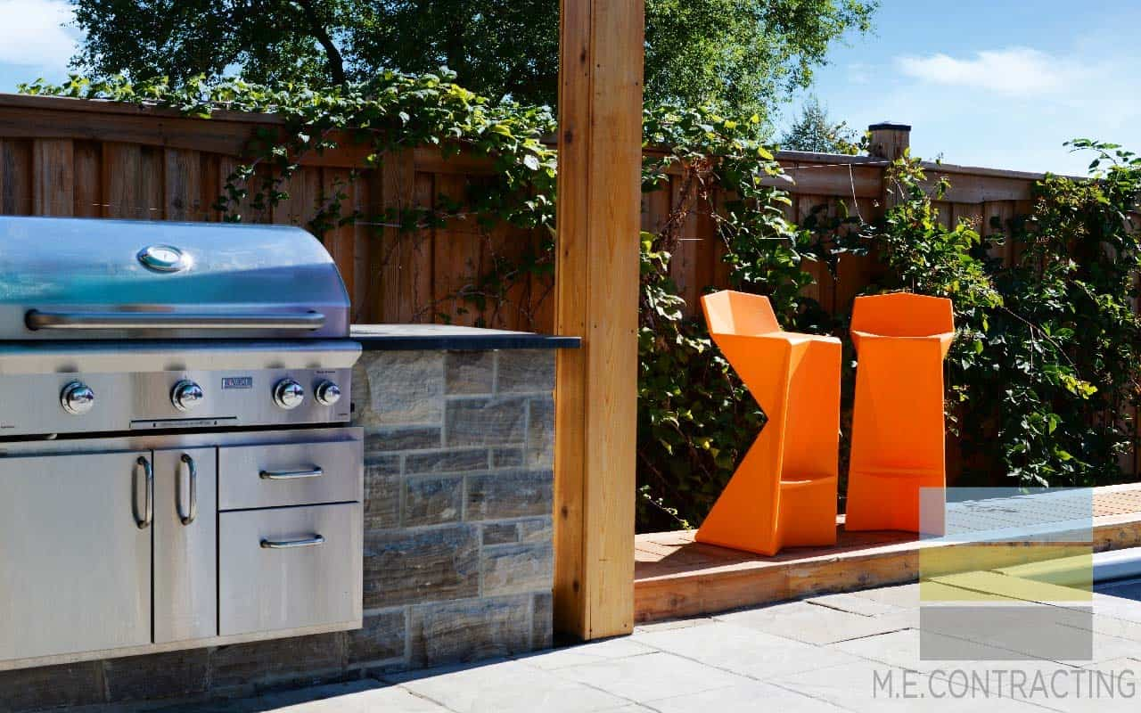 outdoor-built-in-grill