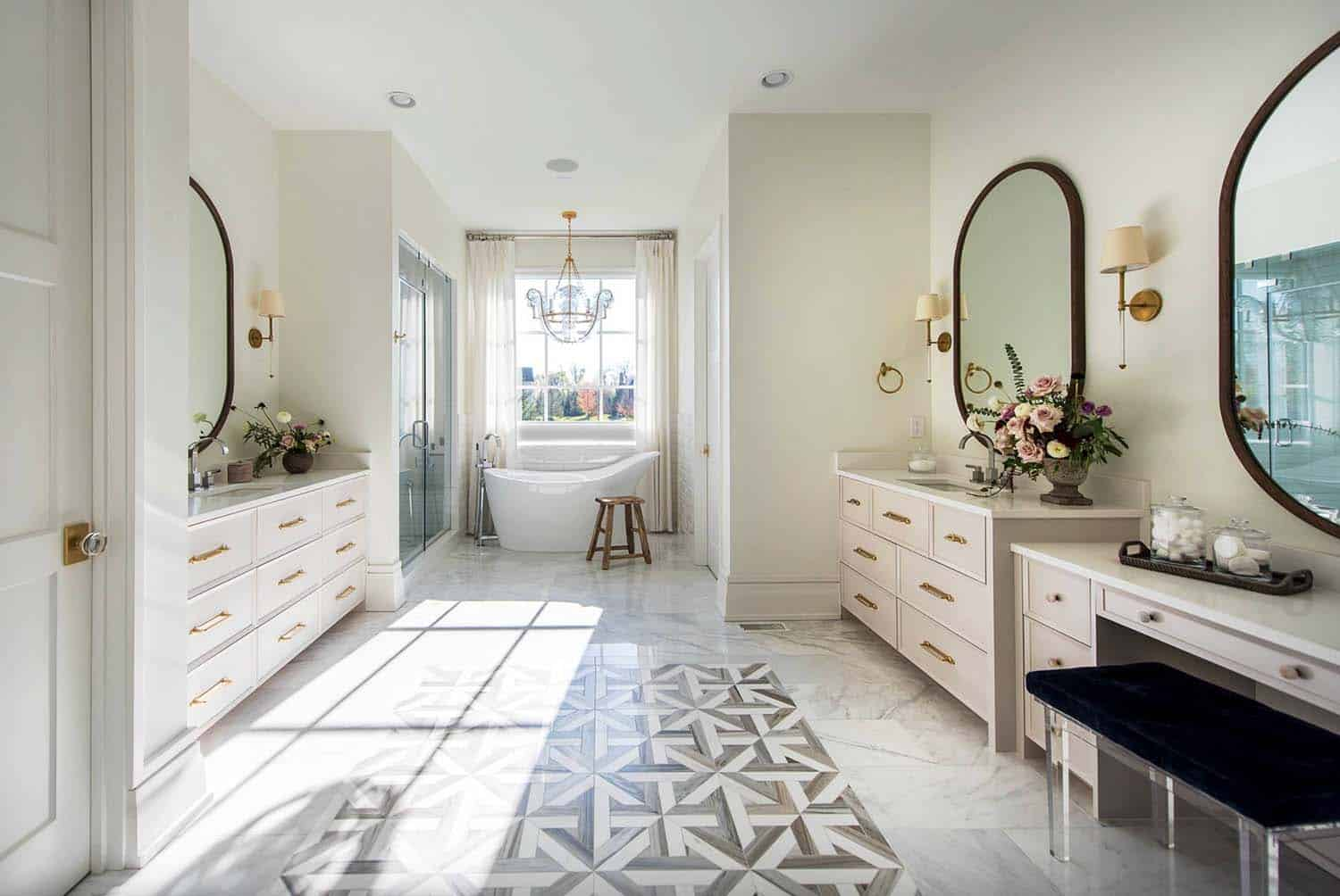 transitional-family-home-master-bathroom