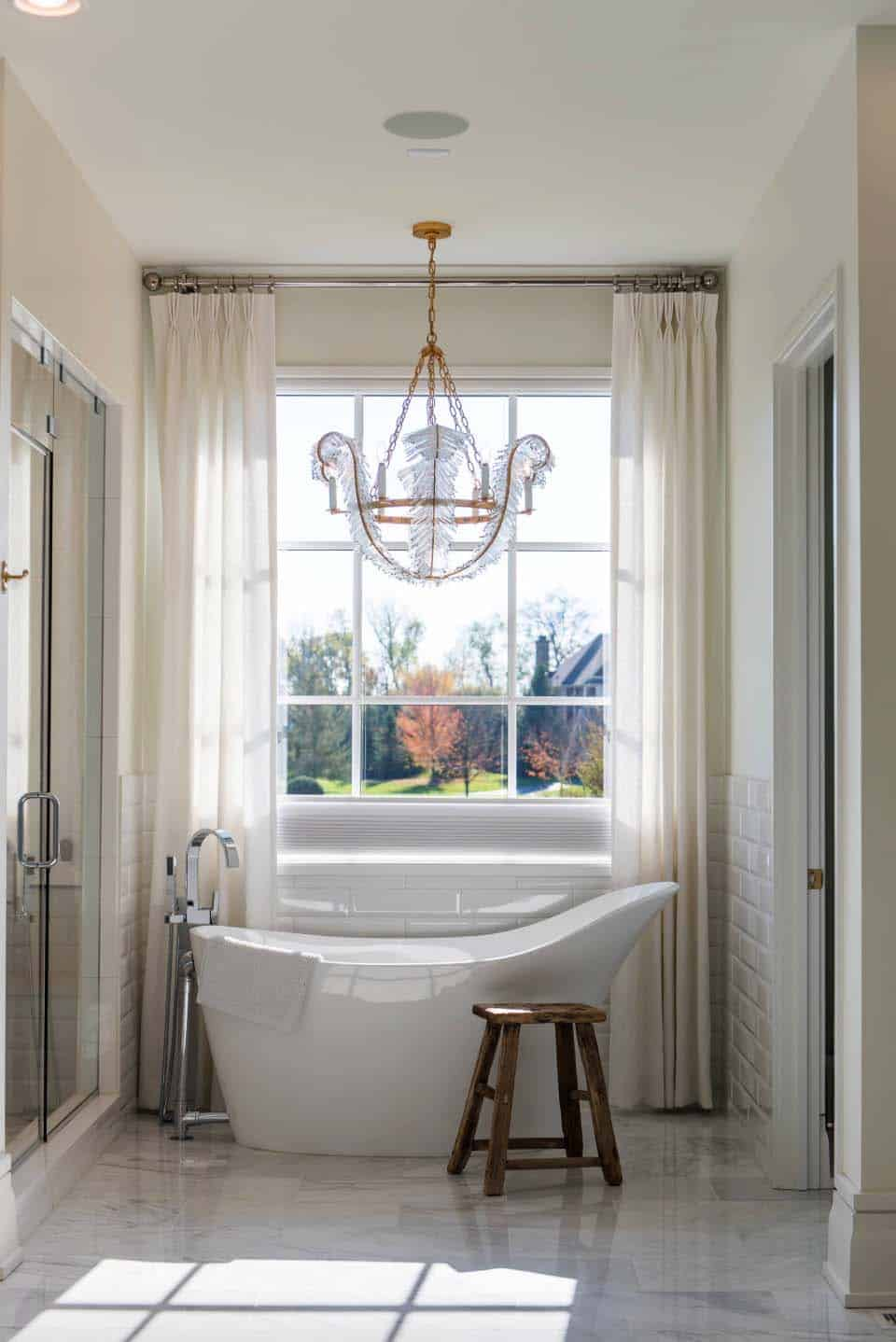 transitional-family-home-master-bathroom-tub