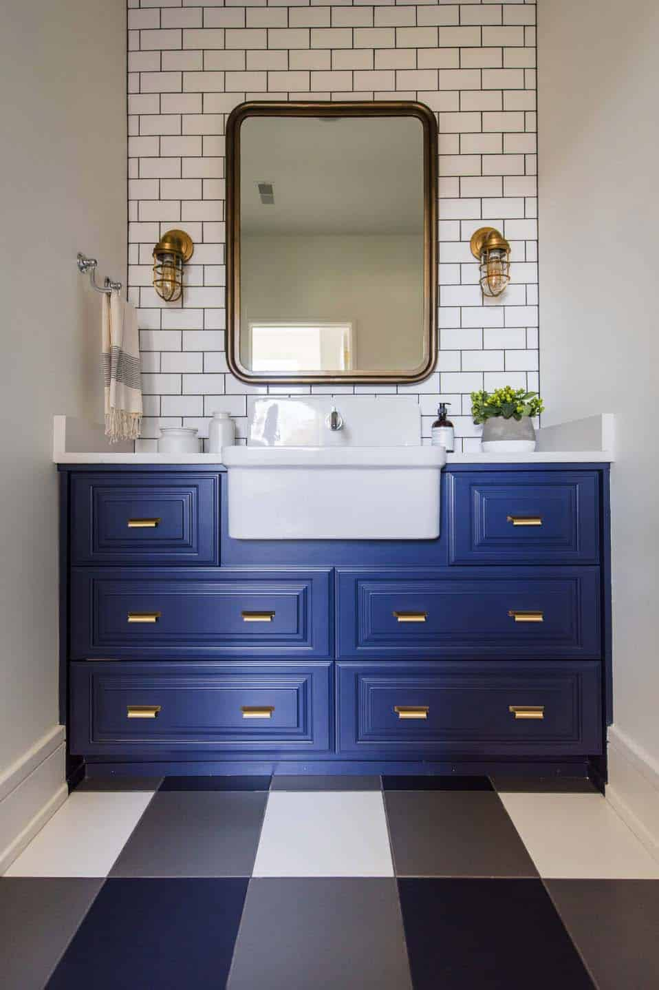 transitional-family-home-bathroom