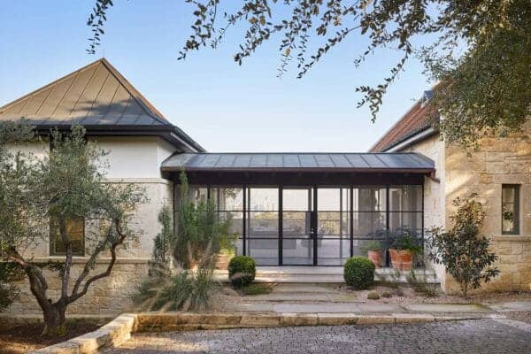 featured posts image for European style home in Texas with a mid-century modern twist