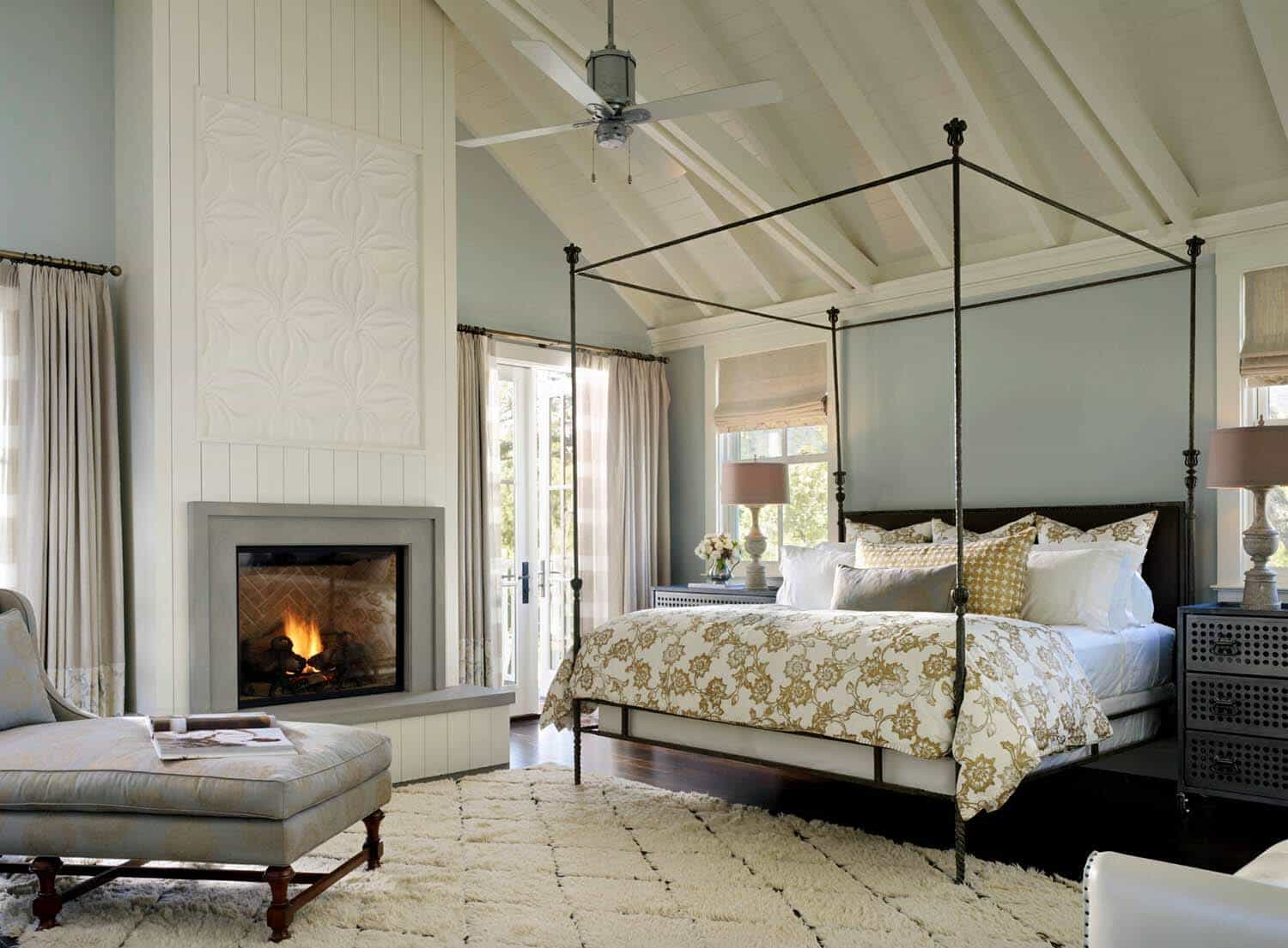 25 Absolutely Breathtaking Farmhouse Style Bedroom Ideas That Inspire