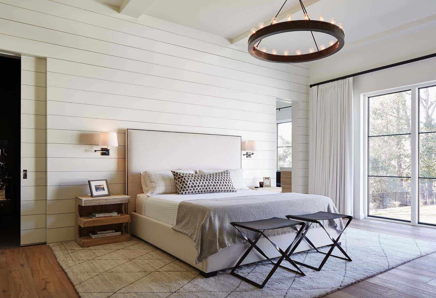 25 Absolutely breathtaking farmhouse style bedroom ideas