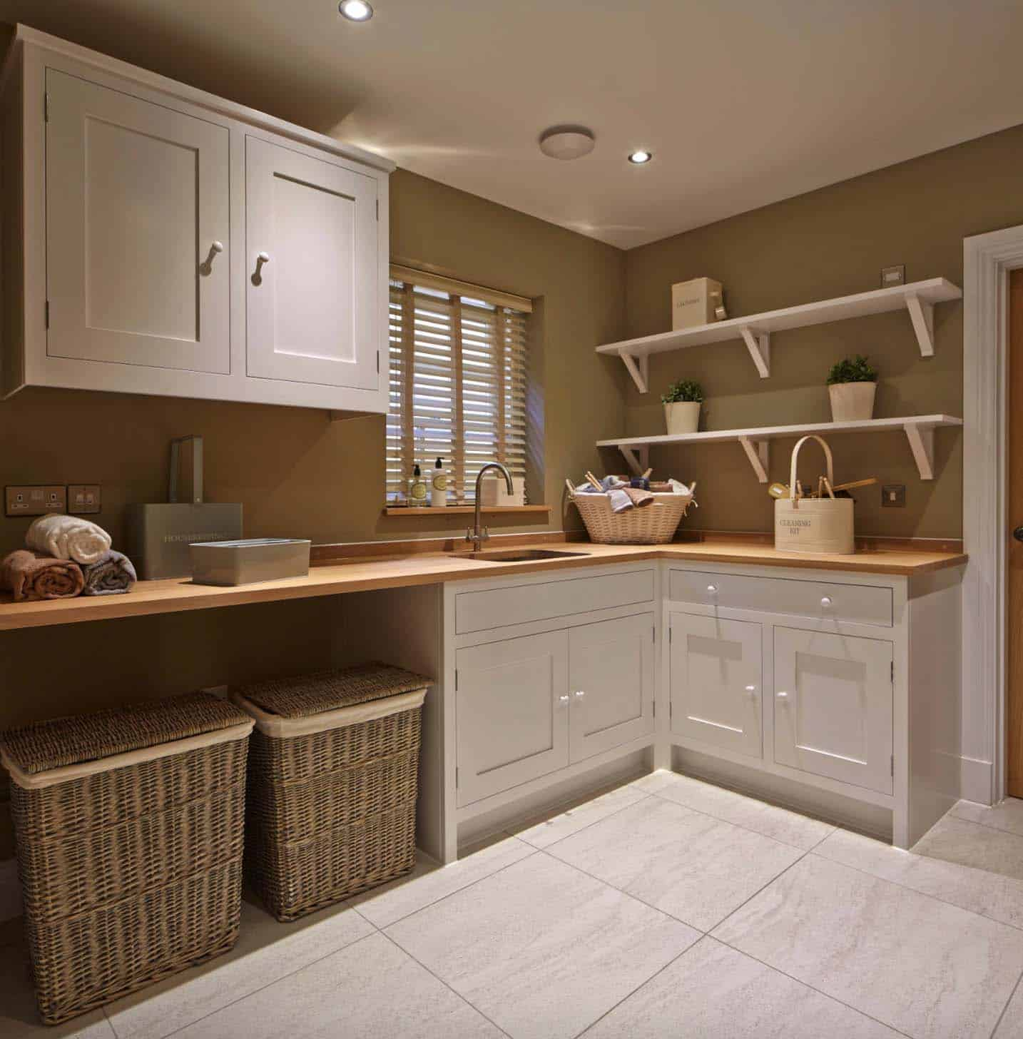 Utility Room Ideas: 30+ Unbelievably Inspiring Farmhouse Style Laundry Room Ideas
