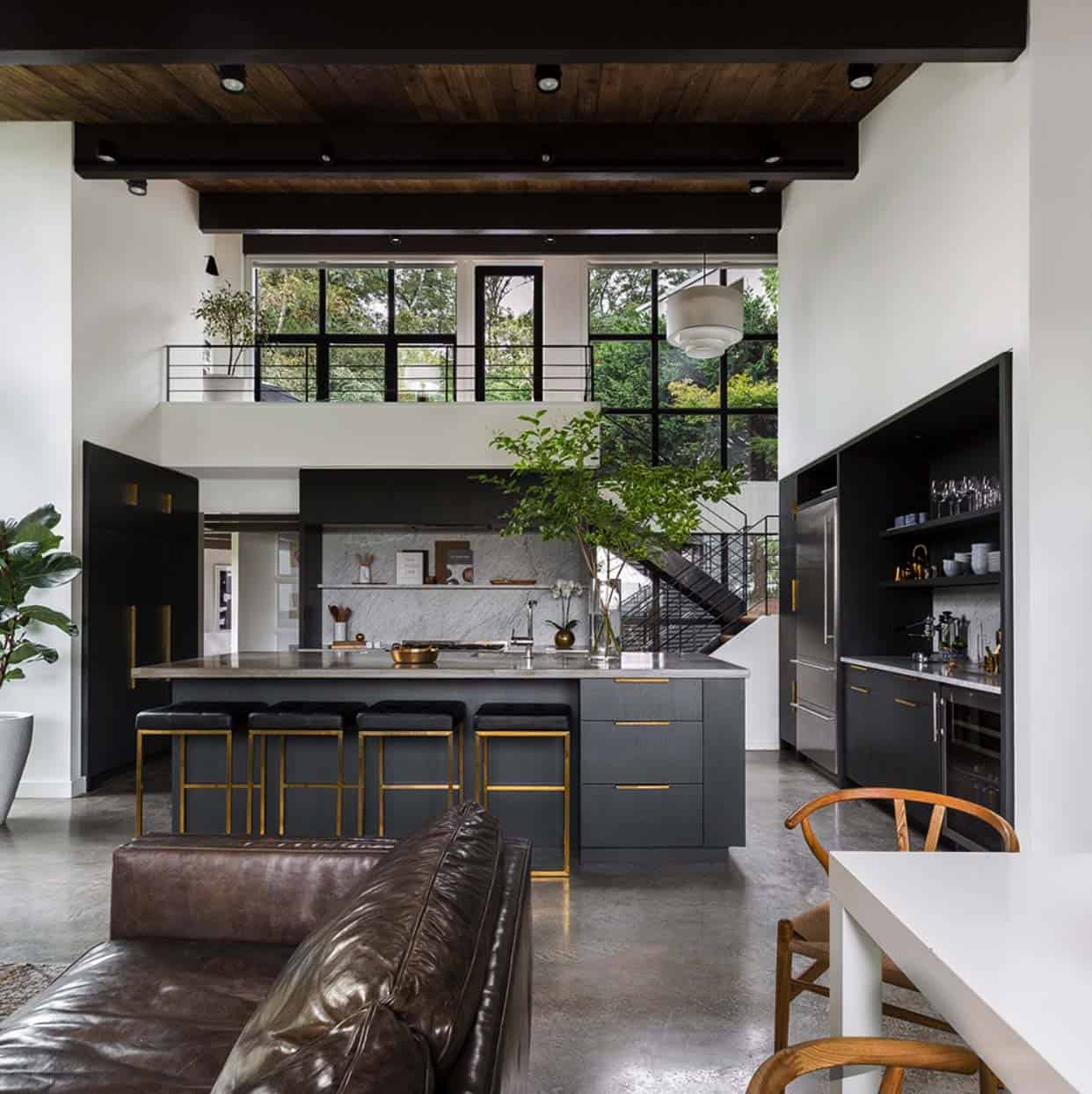 Kitchen Backsplash Mid Century Modern: Chic Midcentury Modern Renovation Surrounded By Woods In