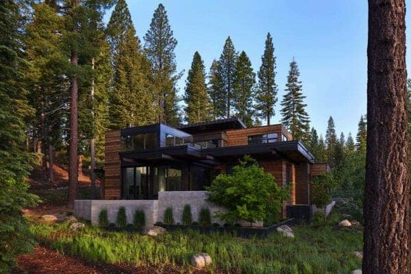 featured posts image for Mountain modern retreat in Lake Tahoe offers a sophisticated sanctuary