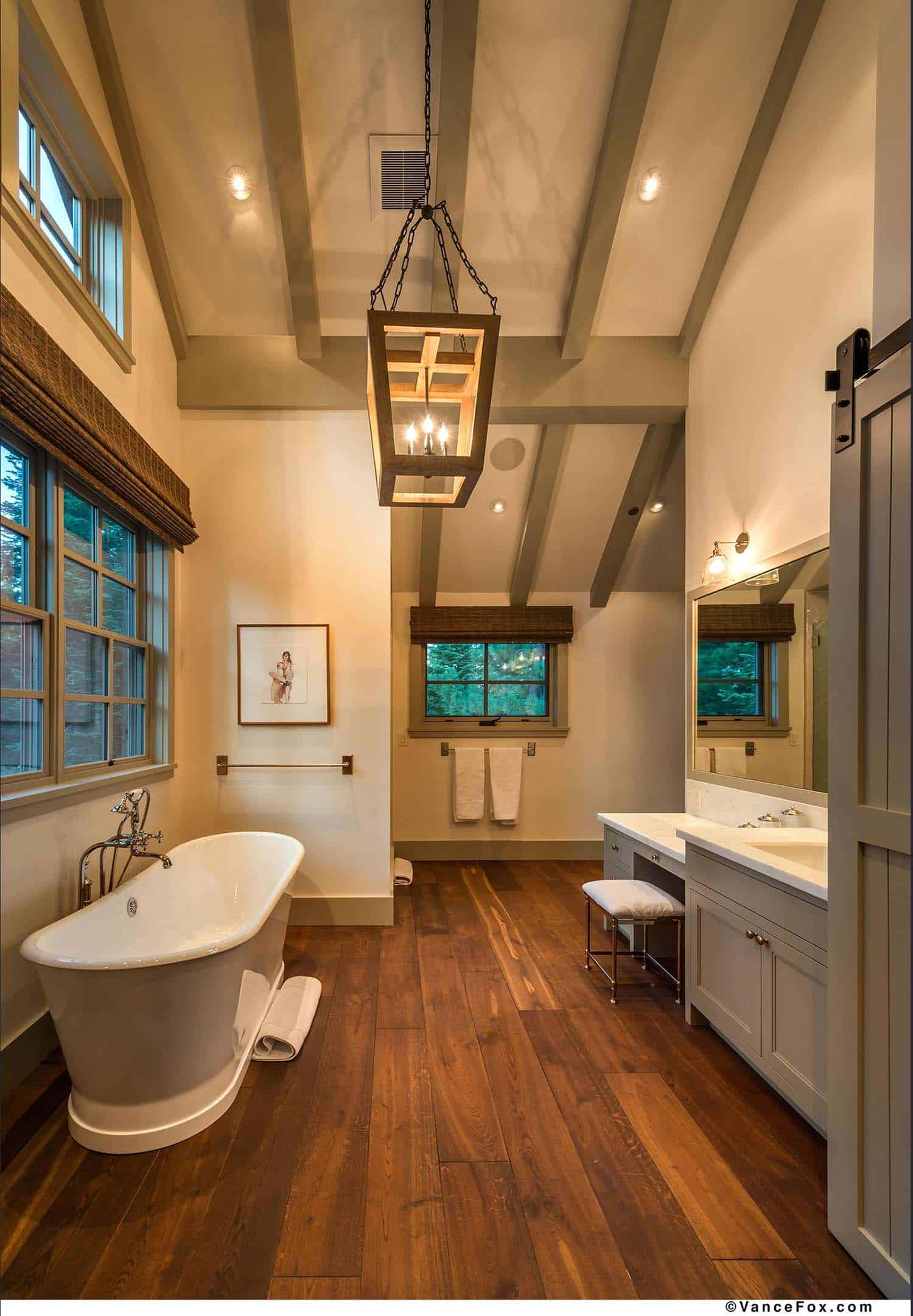 rustic-bathroom