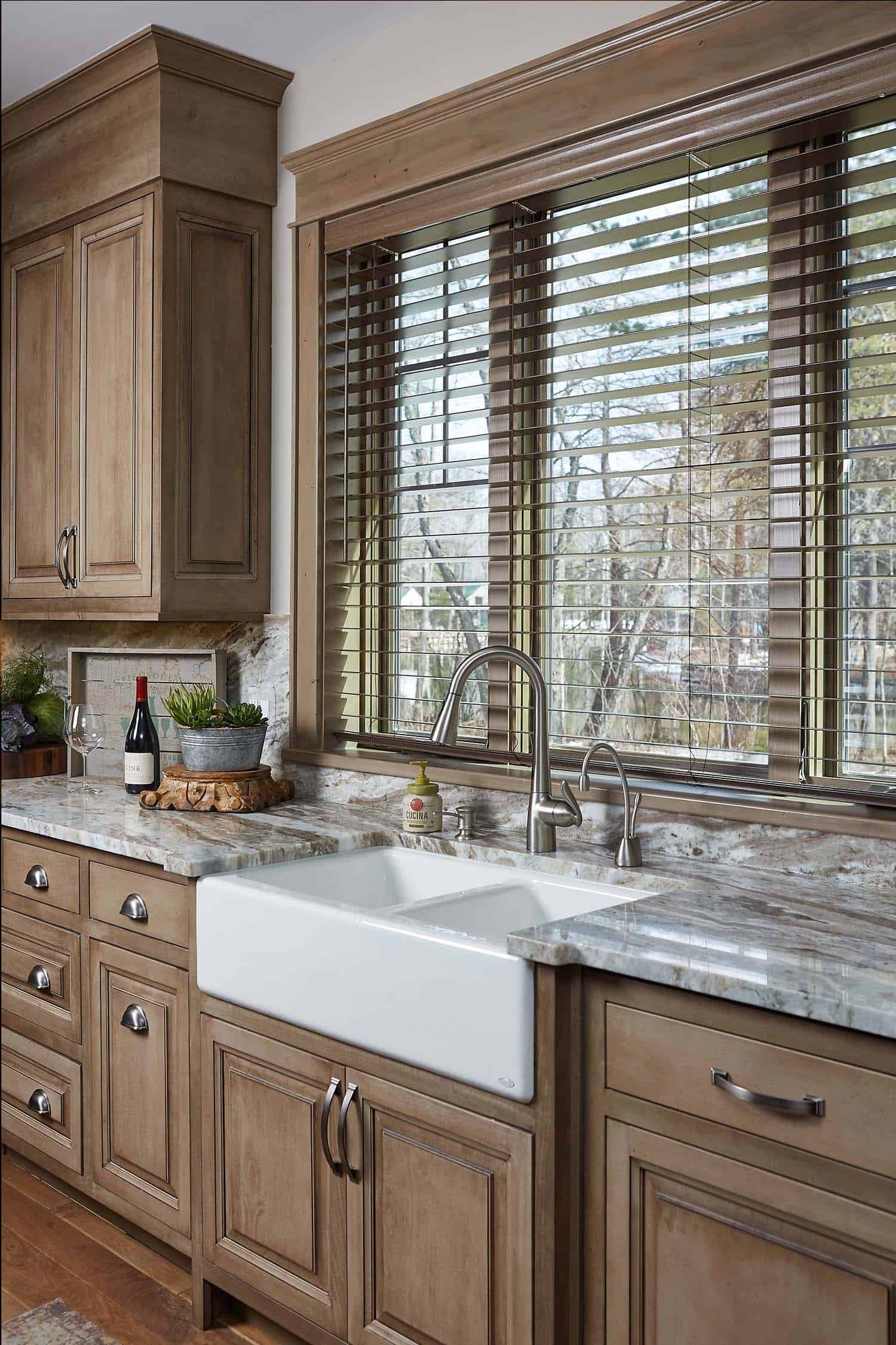 The Cabinets Are From Wolverine Cabinets In Petoskey, Michigan. The  Perimeter Cabinets Are An Alder Wood With An Expresso Stain, While The  Island Was ...
