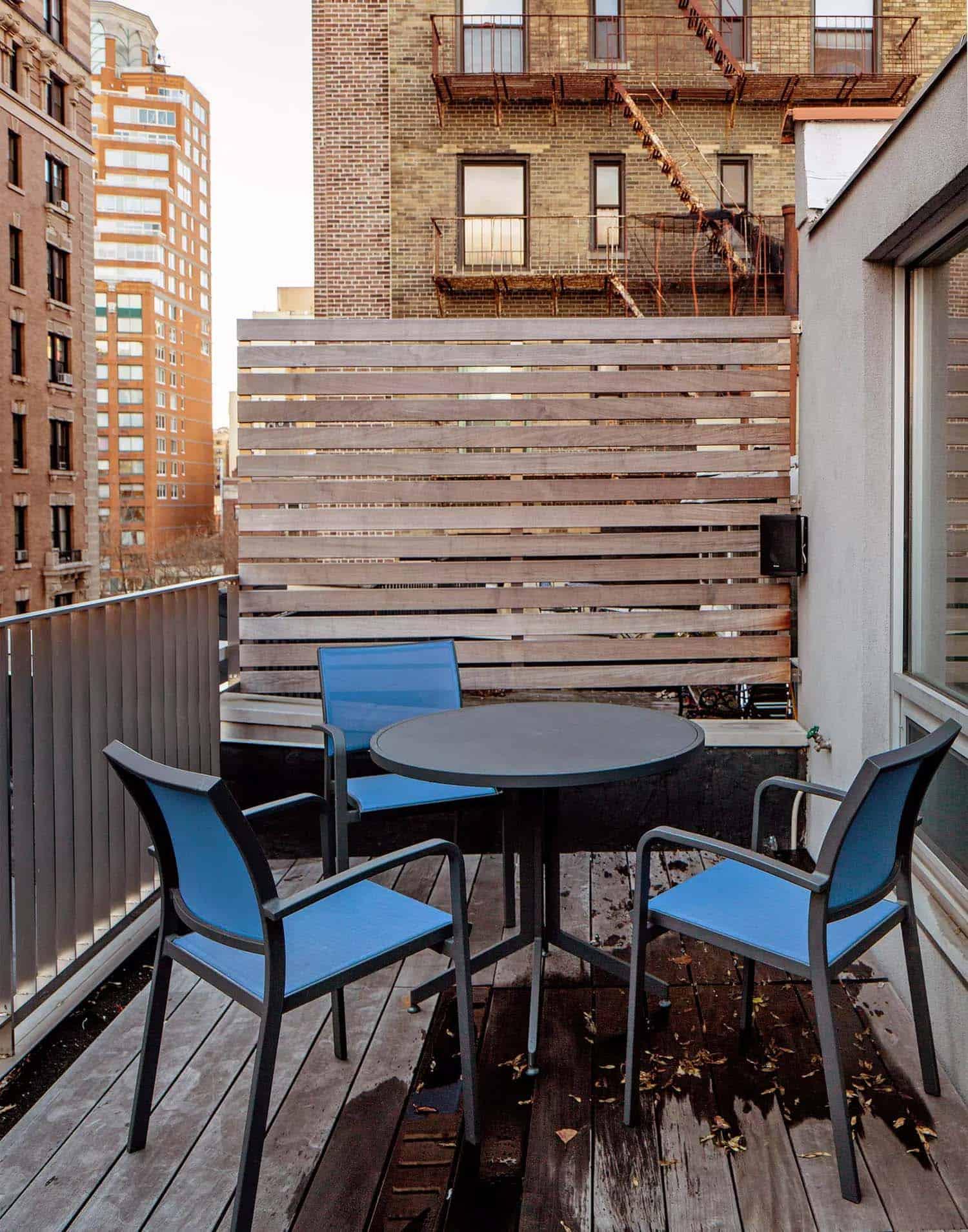 modern-rooftop-terrace