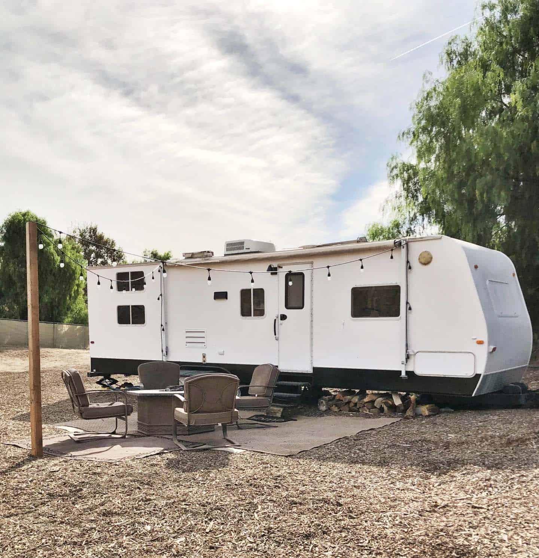 camper-exterior