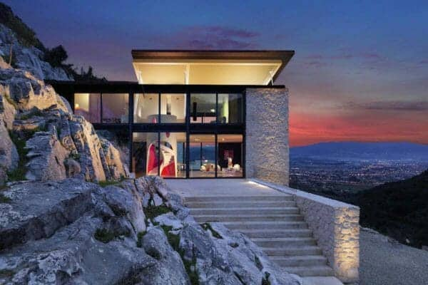 featured posts image for Spectacular Italian home submerged into the mountainside: Villa Alibia