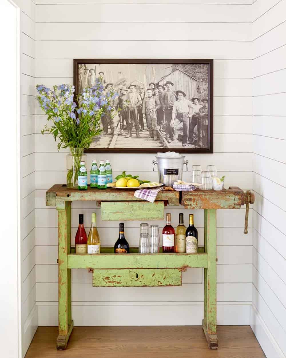 cottage-home-bar