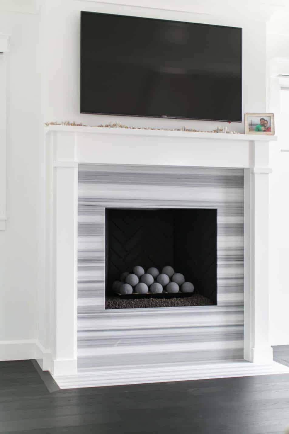 beach-style-fireplace