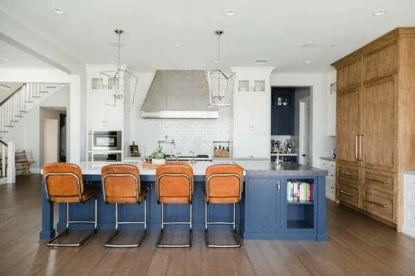 featured posts image for Beautifully designed modern farmhouse beach house in San Diego