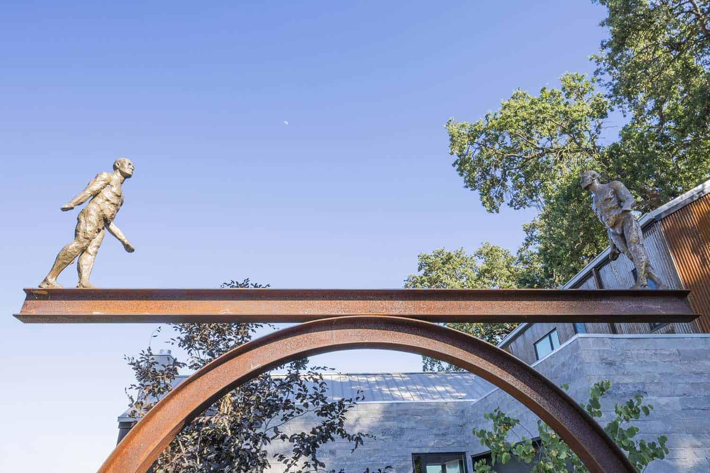 modern-farmhouse-outdoor