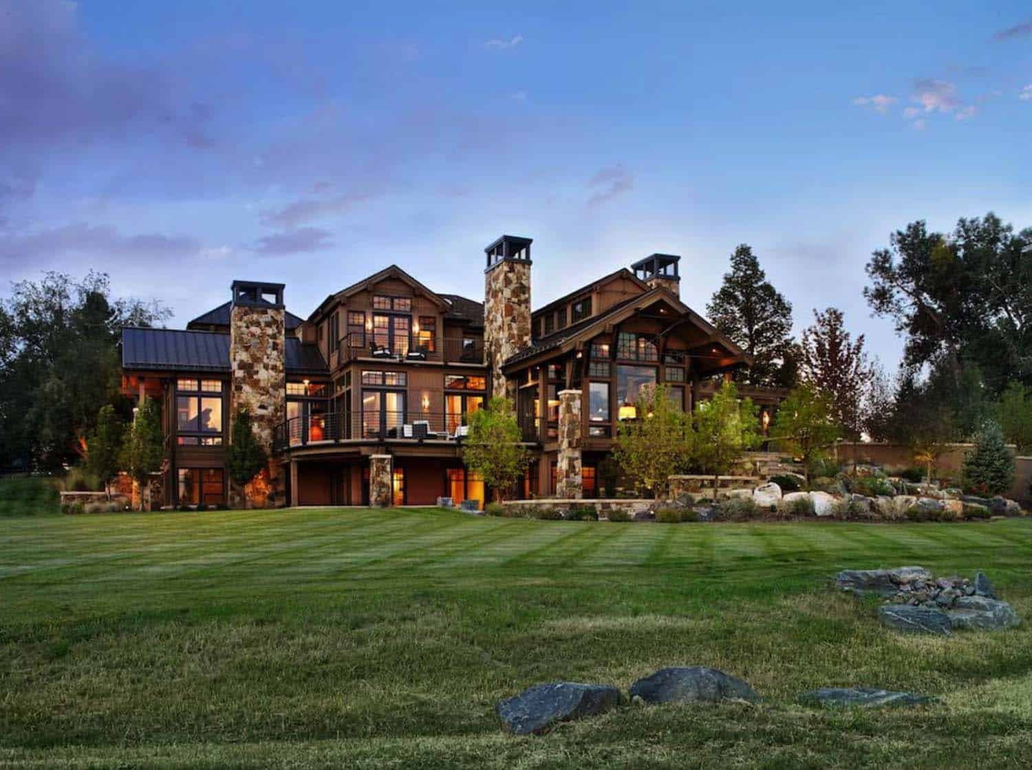 Rustic Mountain Homes Exterior