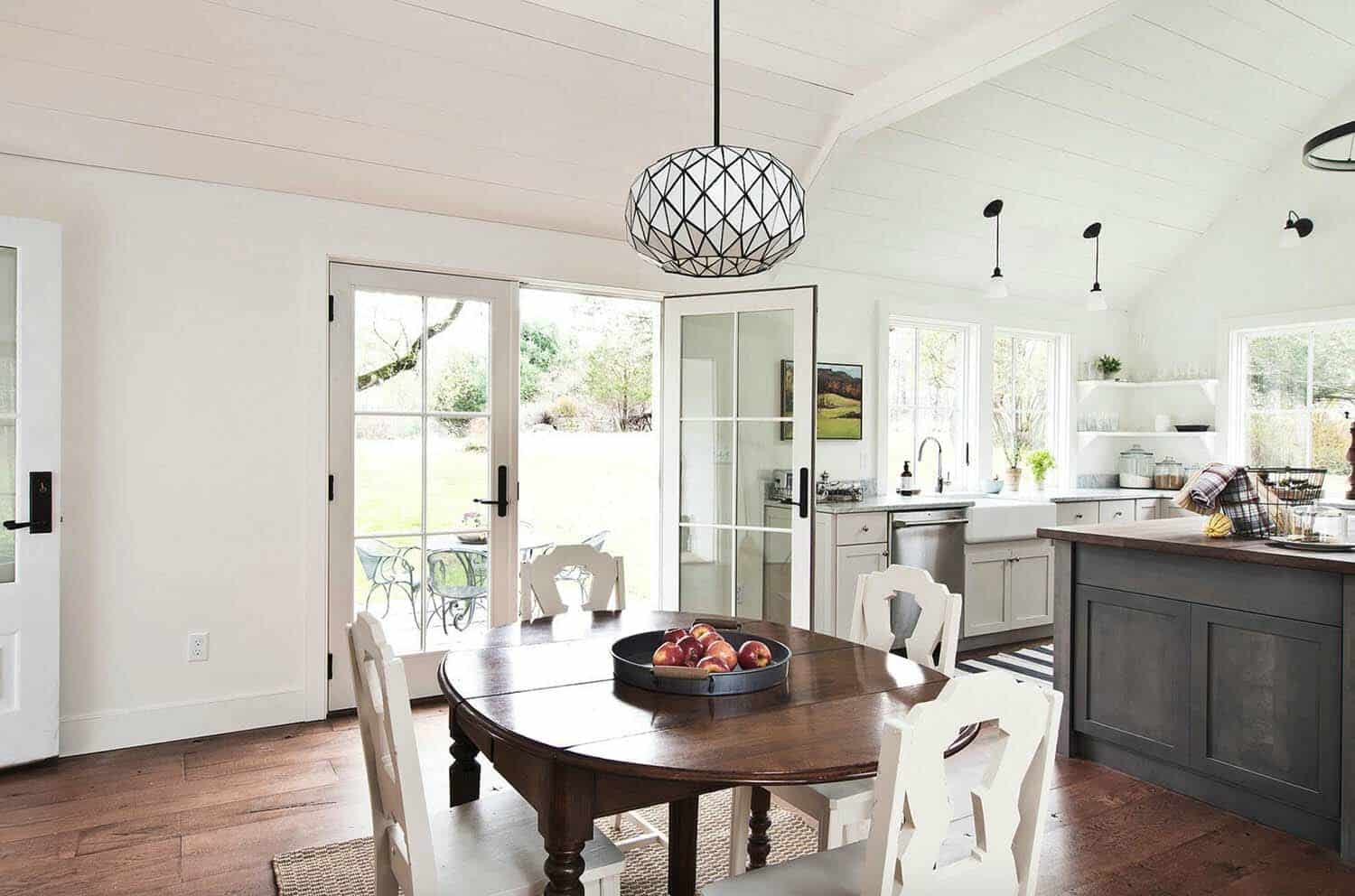 modern-farmhouse-dining