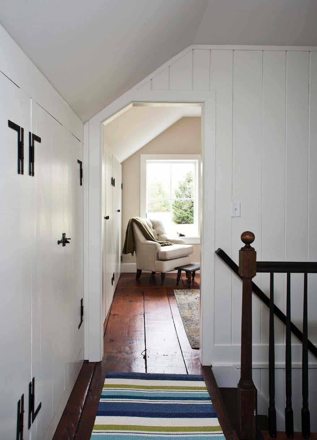 modern-farmhouse-hall