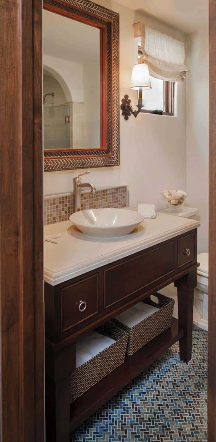 spanish-coastal-mediterranean-bathroom