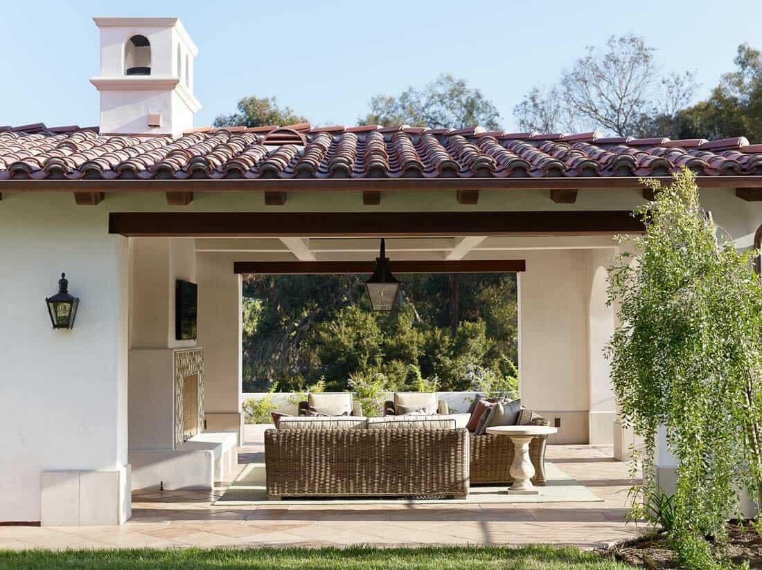 spanish-coastal-mediterranean-patio
