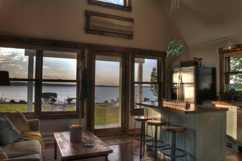 kitchen-lake-view-traditional