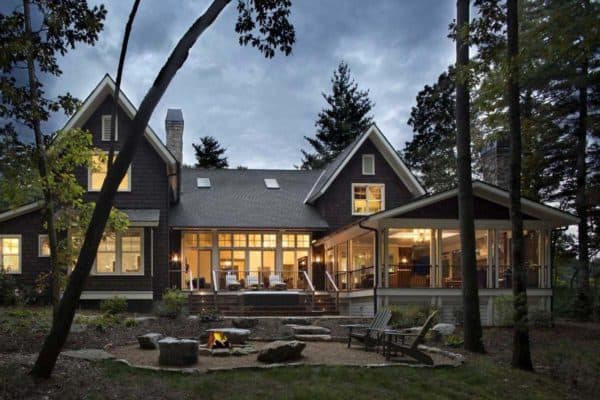 featured posts image for Beautiful rustic family home on a heavily wooded site in Asheville