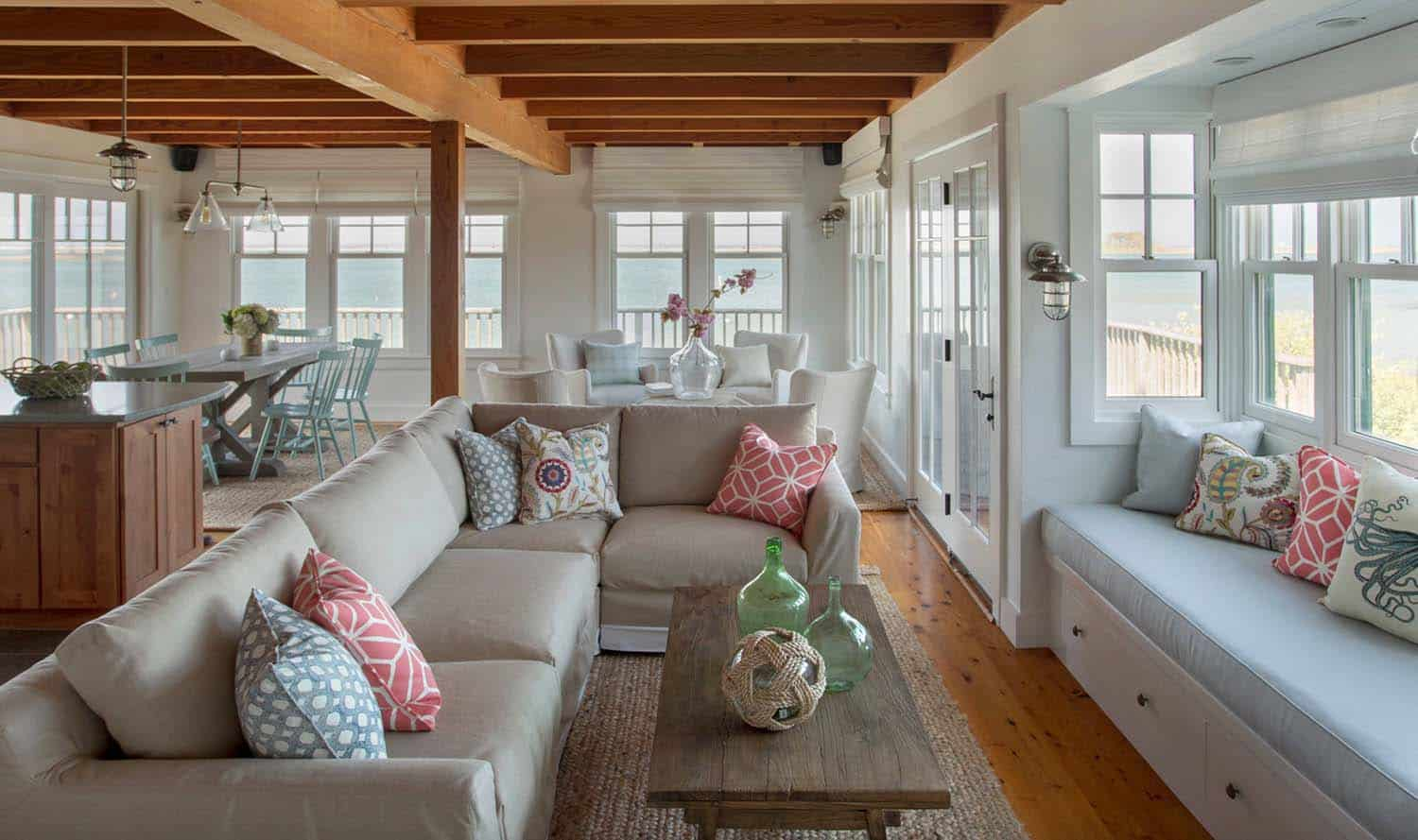 Surprising 33 Amazing Built In Window Seats Capturing Mesmerizing Ocean Unemploymentrelief Wooden Chair Designs For Living Room Unemploymentrelieforg