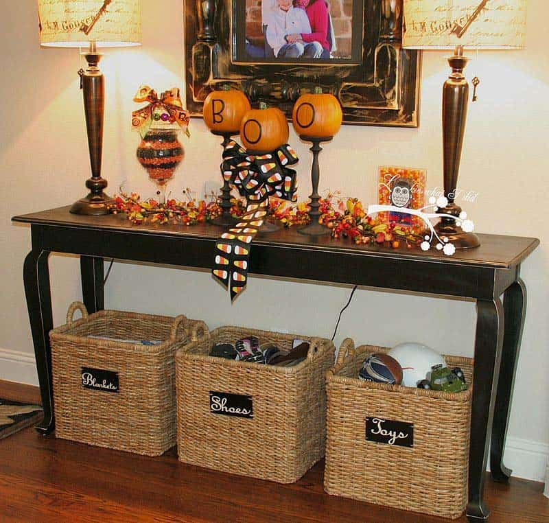 Foyer Decor Xbox One : Amazing ways to style your console table with fall decor