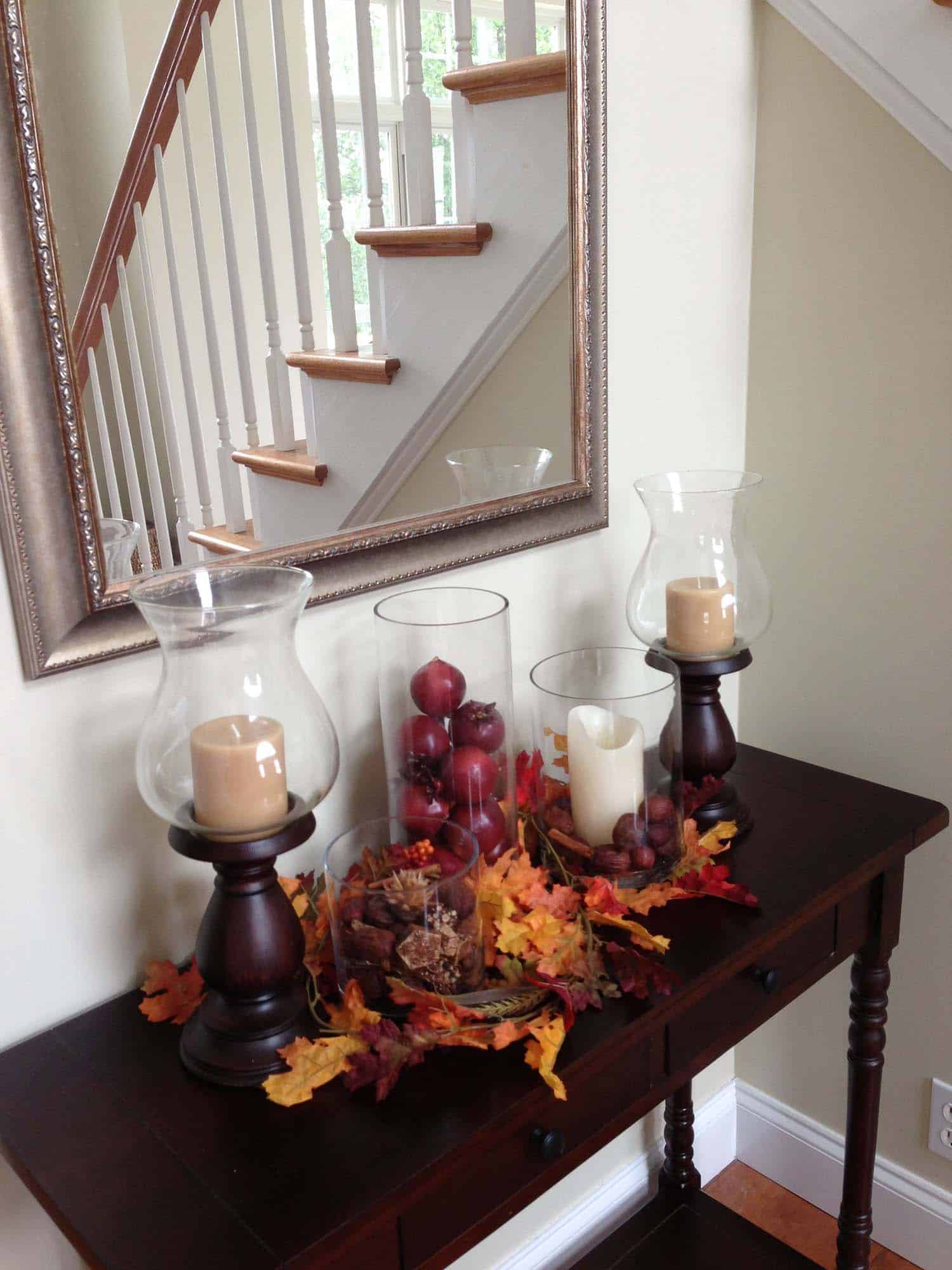 23 amazing ways to style your console table with fall decor. Black Bedroom Furniture Sets. Home Design Ideas