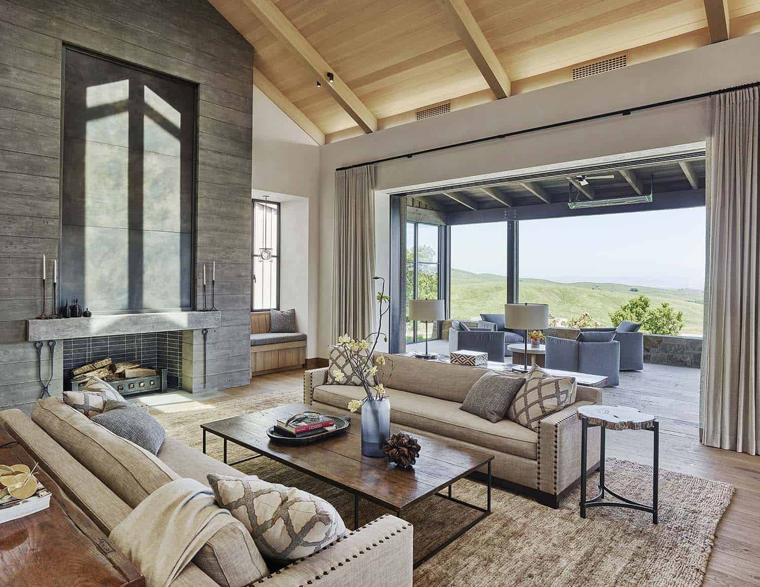 ranch-house-living-room