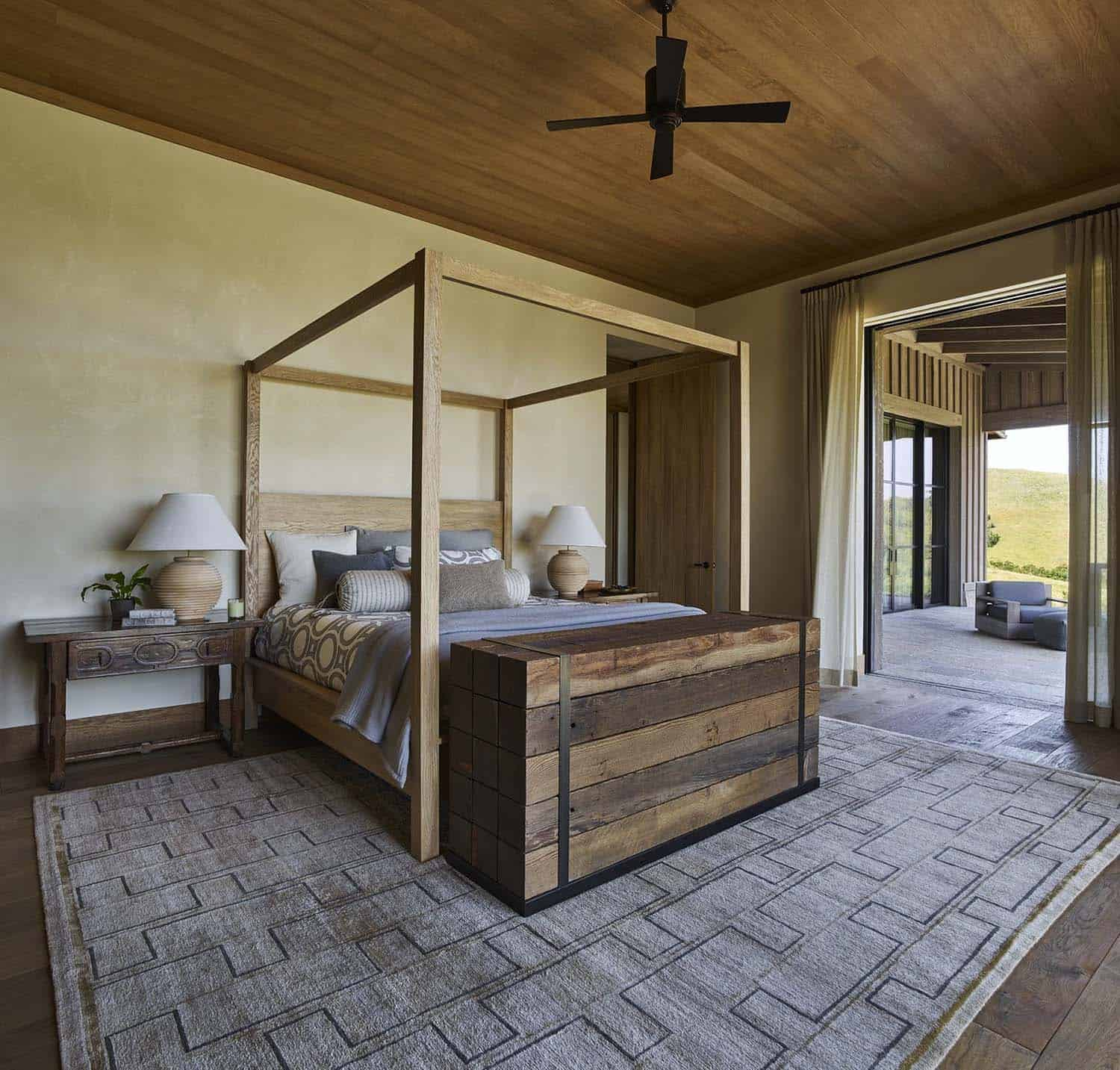 ranch-house-bedroom