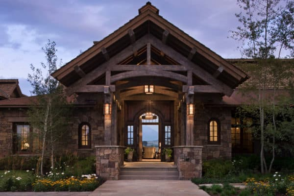 featured posts image for Idyllic rustic mountain retreat showcases views of the Teton Mountains