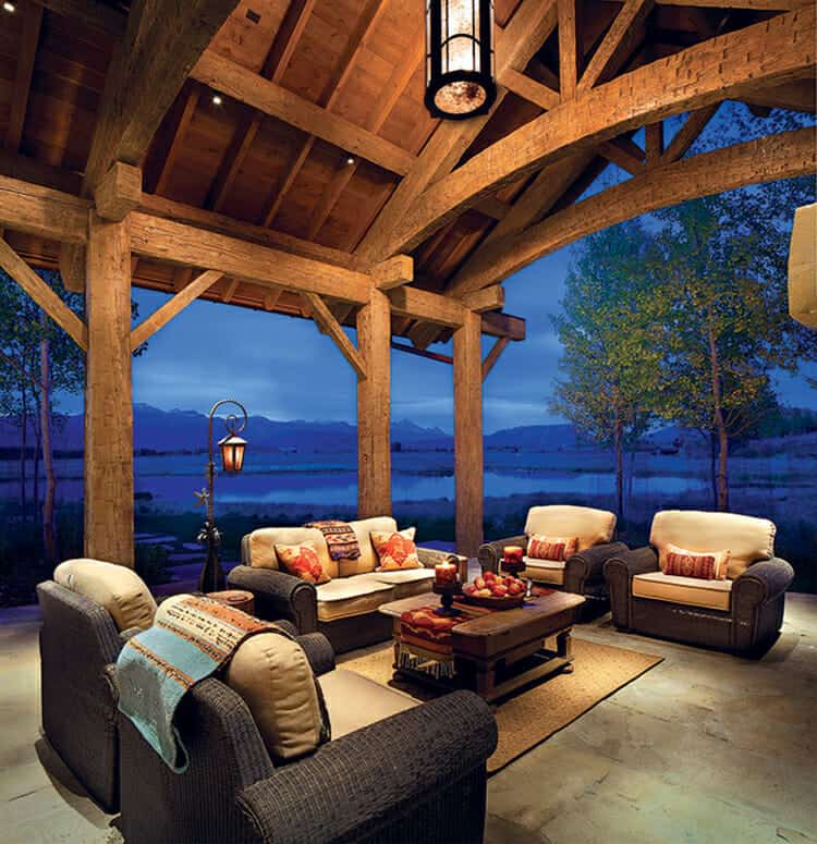 residence-rustic-patio