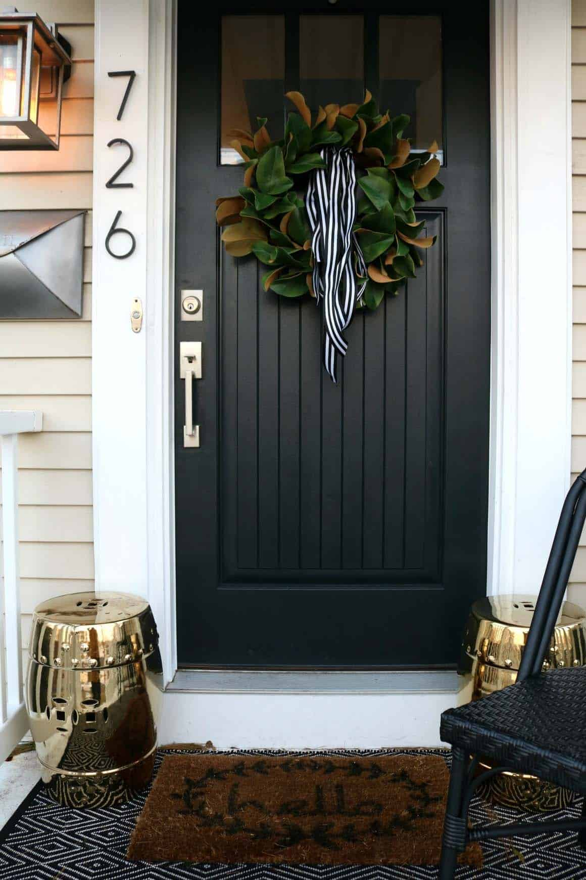 cozy-fall-decorated-door