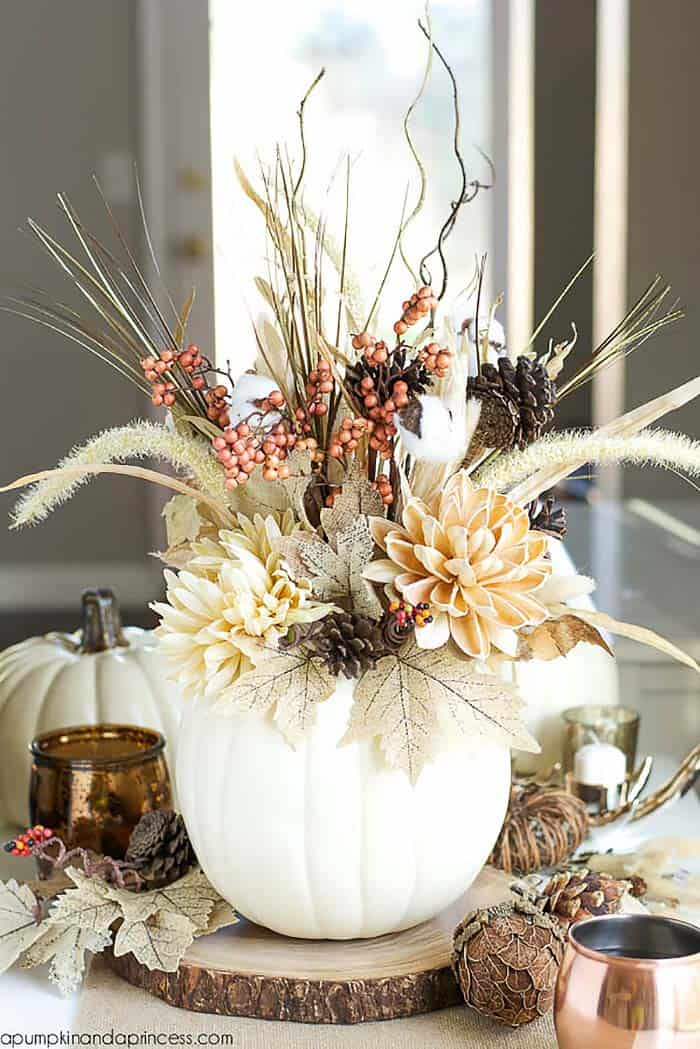 cozy-fall-decorated-pumpkin-vase